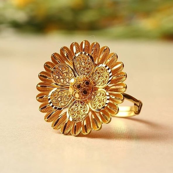 Latest Designs Of Gold Rings For Women Fashionshala