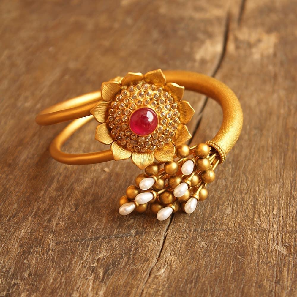 Big Size Gold Finger Rings Designs For Female Kurti Blouse